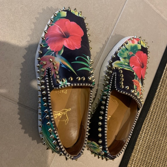 SOLD ON ANOTHER SITEAuthentic Christian Louboutin